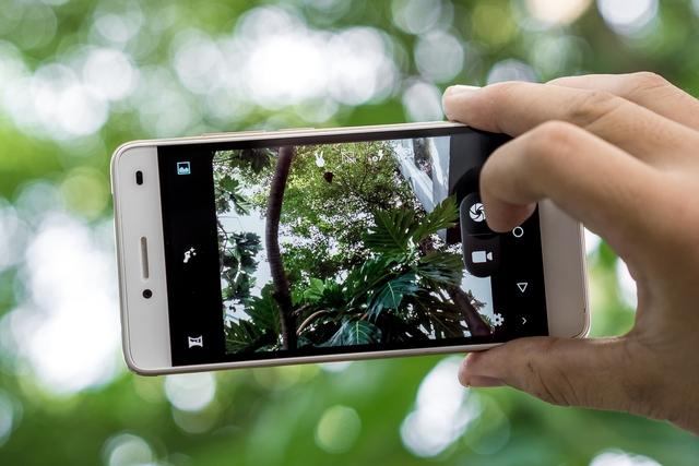 Mổ xẻ LAI Yuna S - Smartphone chuyên selfie, thỏa mãn hiệu năng trong tầm giá - Ảnh 3.