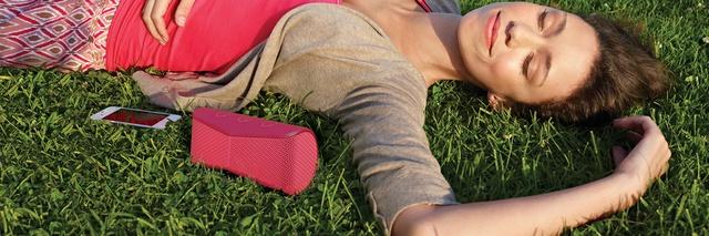 Nhạc - Đồ chơi số • Tín đồ âm nhạc và thời trang phát cuồng 'Dùng thử loa Bluetooth 30 ngày' • http://i.imgur.com/ElehBnx.jpg • Nằm trong bộ sưu tập GÉ 2015, Loa Bluetooth Sony SRS – X11 được giới chuyên... Img20160721092316752