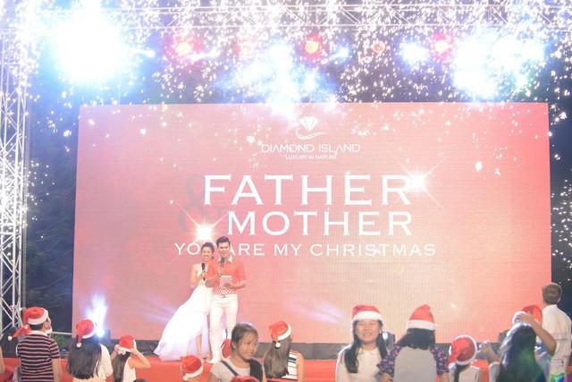 Chương trình giáng sinh đầy ý nghĩa – Bố Mẹ chính là ông già Noel trong cuộc sống