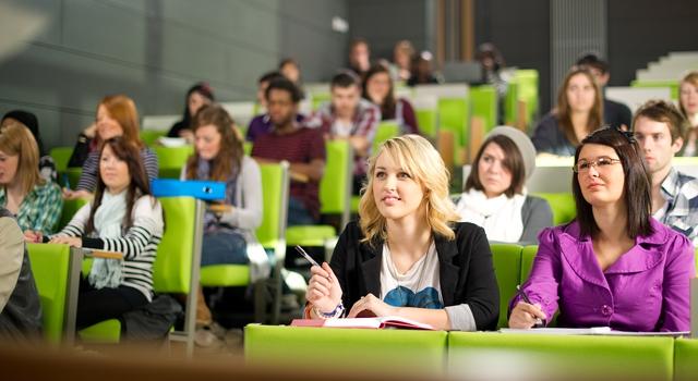Cao đẳng Cộng đồng - Con đường dễ dàng xin visa du học Mỹ - Ảnh 1.