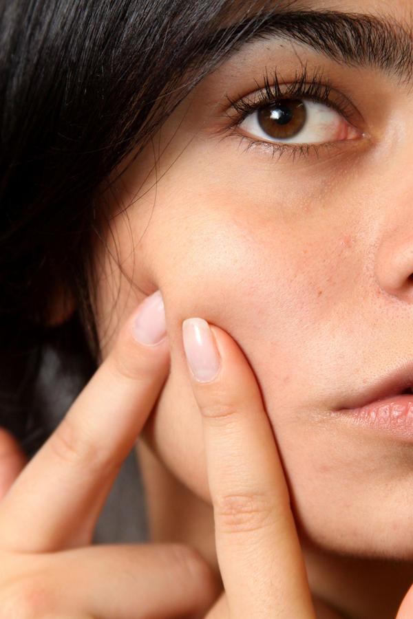 Bật mí cách rửa mặt cho làn da sáng mịn 4