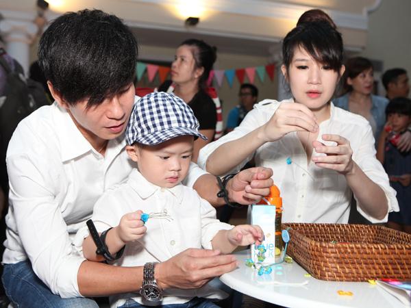 Ngày cuối tuần đáng nhớ của mẹ con sao Việt 2