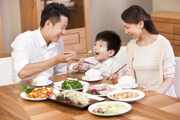Khi bữa ăn của trẻ sinh động như tranh vẽ 2