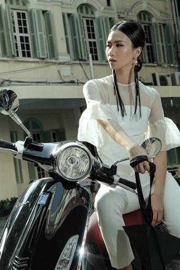 Lookbook Nàng – Món quà tuyệt vời dành tặng phái đẹp từ thương hiệu Vespa - Ảnh 1.