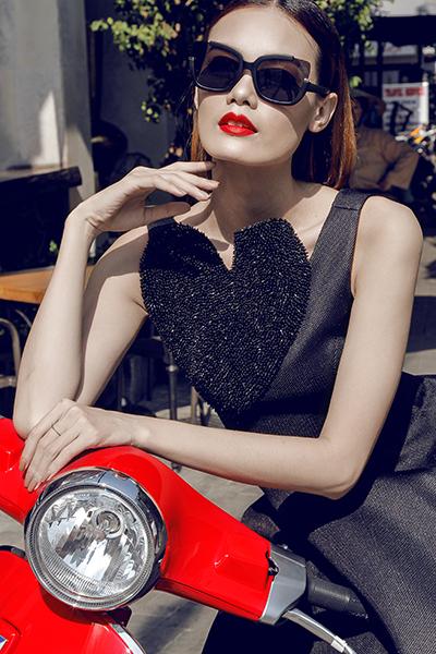 Lookbook Nàng – Món quà tuyệt vời dành tặng phái đẹp từ thương hiệu Vespa - Ảnh 2.
