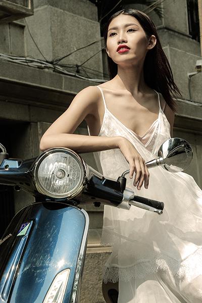 Lookbook Nàng – Món quà tuyệt vời dành tặng phái đẹp từ thương hiệu Vespa - Ảnh 6.