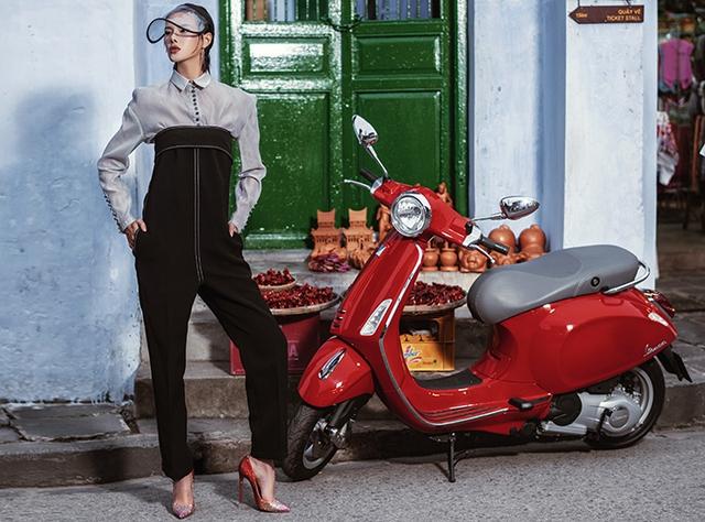 Lookbook Nàng – Món quà tuyệt vời dành tặng phái đẹp từ thương hiệu Vespa - Ảnh 7.