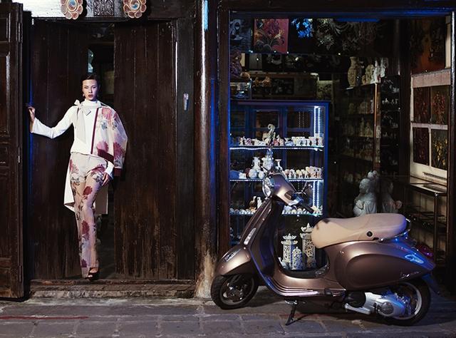 Lookbook Nàng – Món quà tuyệt vời dành tặng phái đẹp từ thương hiệu Vespa - Ảnh 10.